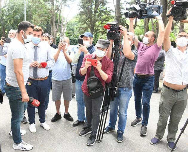 Kemal Sunal ölüm yıl dönümünde mezarı başında yapılan törenle anıldı