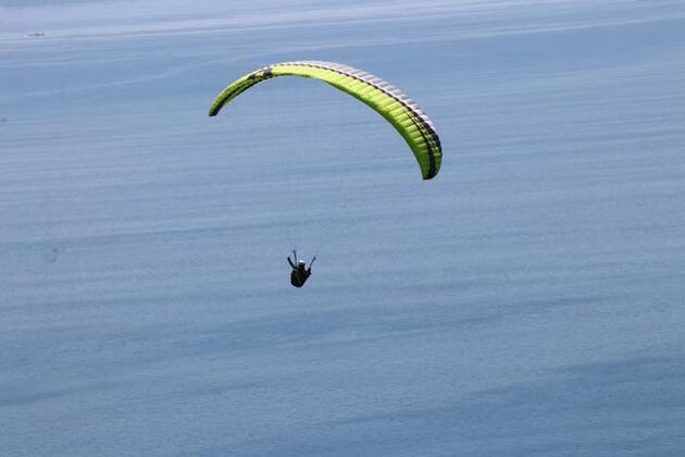 Mavi ile yeşilin buluştuğu Uçmakdere bayramda ziyaretçilerini bekliyor