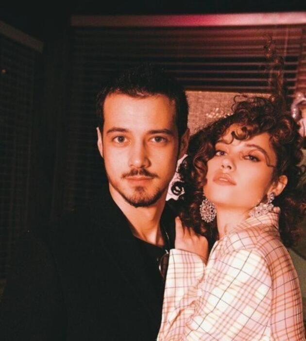 Afra Saraçoğlu ve Mert Yazıcıoğlu romantik anlar yaşadılar