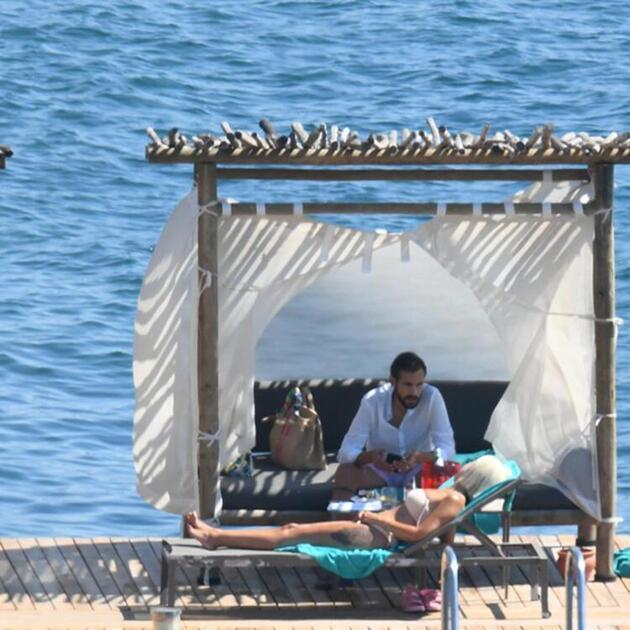 Ümit Erdim ile Seda Erdim çiftinin Bodrum tatili devam ediyor