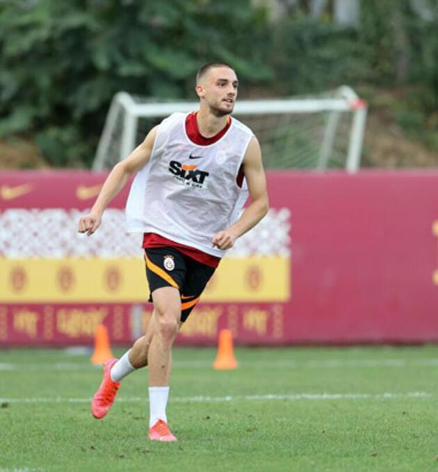 Son dakika Galatasaray transfer haberleri: Berkan Kutlu transferinde senet krizi!
