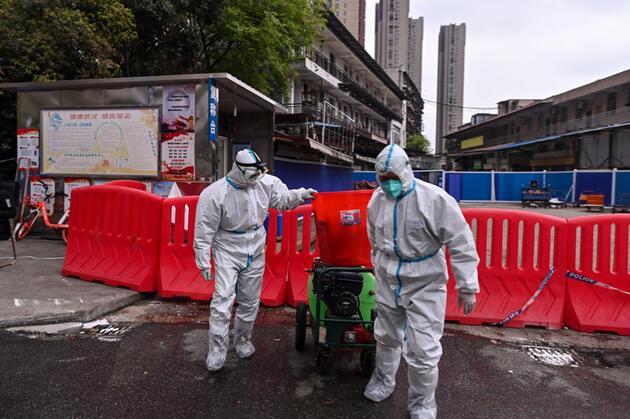 COVID-19'un ilk görüldüğü Wuhan'da alarm: Vakalar arttı, herkese test yapılacak