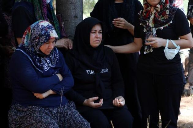 Azra Gülendam Haytaoğlu, Osmaniye'ne son yolculuğuna uğurlandı