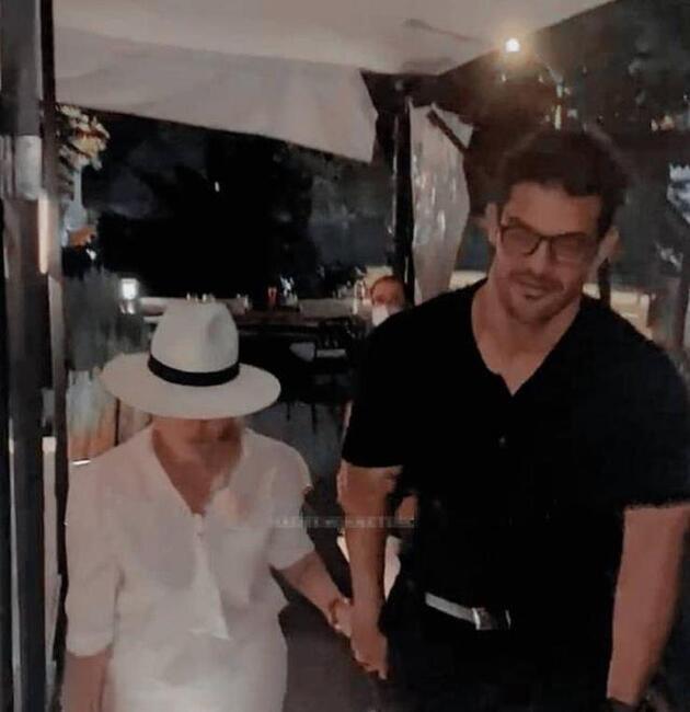 Hadise, Mehmet Dinçerlerile el ele poz verdi