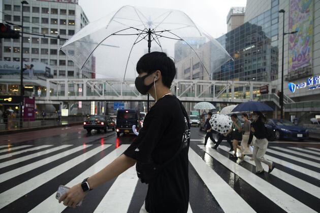 Japonya COVID-19'a karşı OHAL'i Eylül sonuna uzatacak