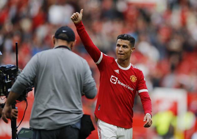Son dakika... Ronaldo ikinci Manchester United dönemine 2 golle başladı!