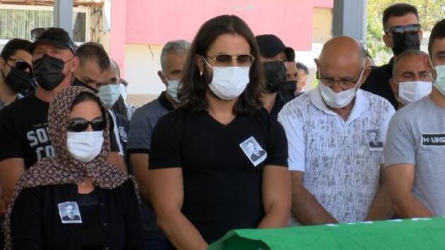 Şarkıcı Koray Avcı'nın babası son yolculuğuna uğurlandı