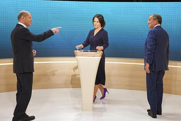 Almanya'da Merkel'den sonra göreve kim gelecek? Anketlerde öne çıkan sürpriz isim