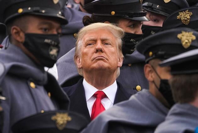"""Trump tarih verdi: """"ABD'nin sonu gelecek"""""""