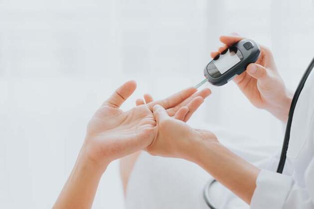 Kan şekeri yüksekliğinin 9 kritik belirtisi! Çoğu kişi hastalığının farkında bile değil