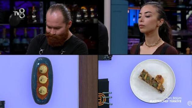 MasterChef Somer Sivrioğluyarışmacının yemeğine kaşık attı