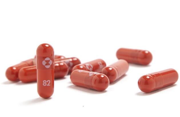 COVID-19'un ilacı bulundu mu? İşte 'Molnupiravir'e dair merak edilen sorular ve yanıtları