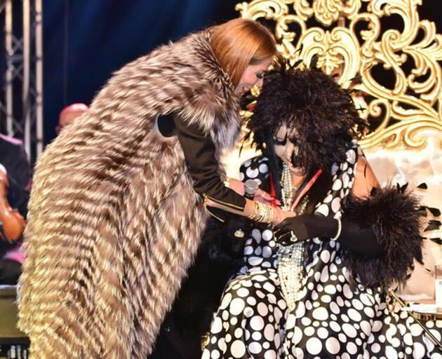 Bülent Ersoy'un modacısından şaşırtan sürpriz