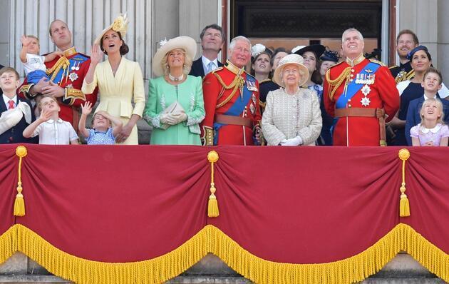 Kraliyette ırkçılık tartışması sürüyor: 'Prens Harry kitabında o ismi açıklayacak'