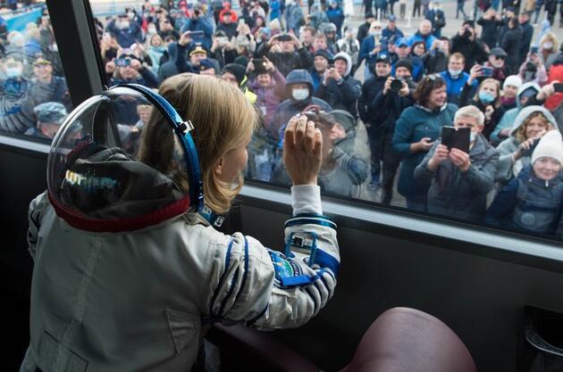 Rusya, uzayda ilk filmi çekme yarışında ABD'yi geçti
