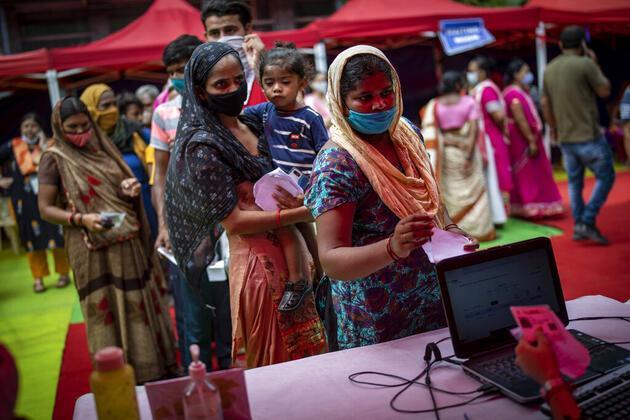 Hindistan'da yeni salgın alarmı: Çocukları hedef alıyor