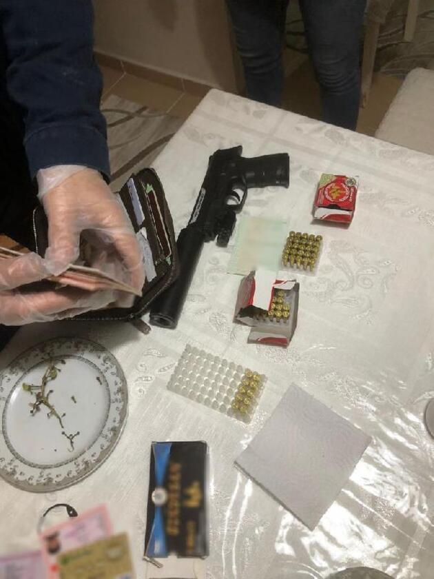 Emniyet ve MİT'ten ortak 'casusluk' operasyonu
