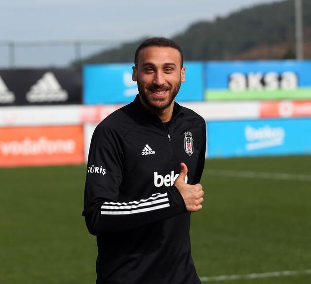 Son dakika... Cenk Tosun Beşiktaş'a dönüyor!