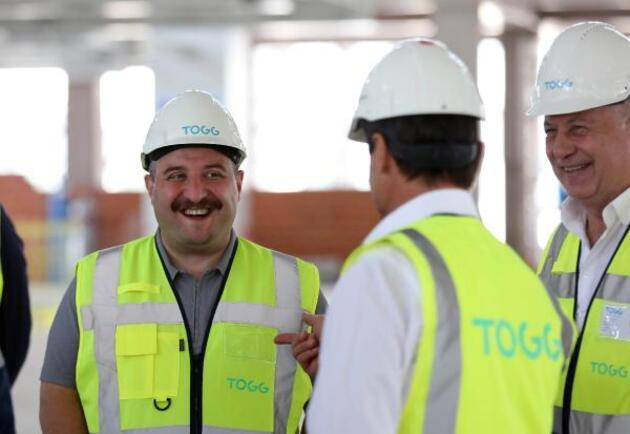 Bakan Varank'tan, TOGG'un üretim tesisi inşaatında inceleme