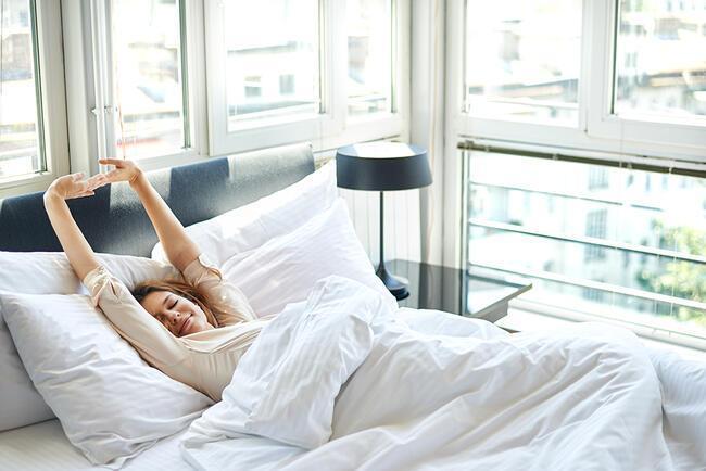 """""""Sabah erken kalkmanın ve dinç kalmanın 11 püf noktası"""""""