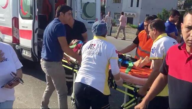 Ölüm kavşağında yine kaza: Çok sayıda öğrenci yaralı