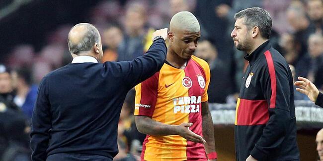 Arda Turan Galatasaray'ın 11'inde!