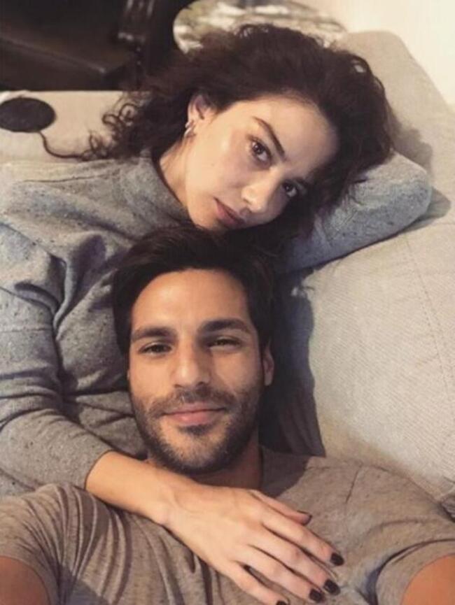 Serkan Çayoğlu'ndan Özge Gürel'e romantik kutlama