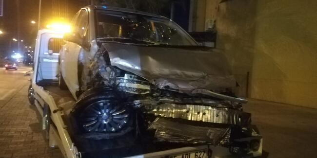 Izmir De Trafik Kazasi 5 Yarali Gunun Haberleri