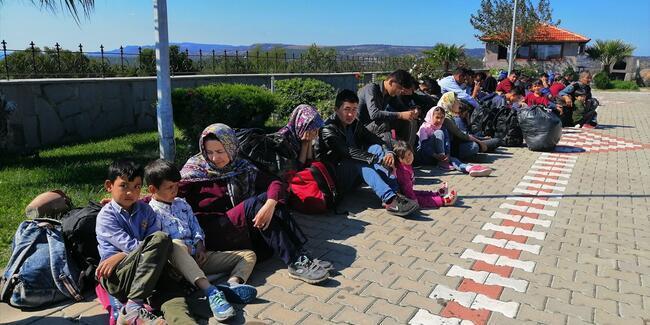 Çanakkale'de 102 göçmen yakalandı