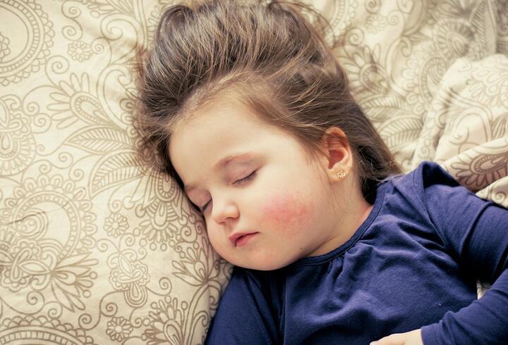 Okula uyum sürecinde uyku düzeni nasıl olmalı?