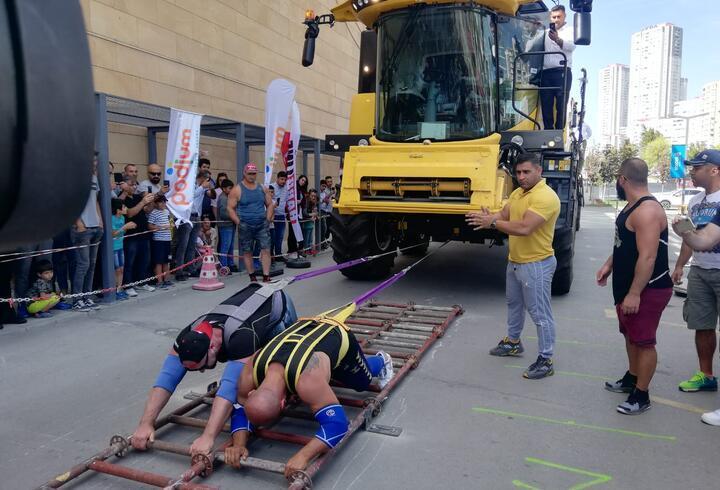 30 ton ağırlığındaki biçerdöveri iple çektiler