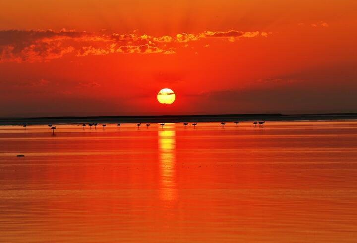 Gün batımında Tuz Gölü'nün eşsiz güzelliği