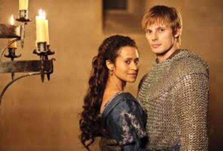 Merlin Dizisinin Konusu Nedir? Oyuncuları Ve İsimleri Neler? Merlin Dizisi Kaç Sezon Kaç Bölüm?