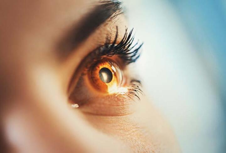 Uzmanlardan uyarı: Gözdeki sararmayı ihmal etmeyin