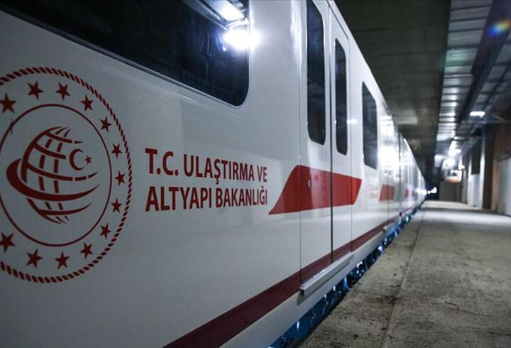 Son dakika... Ulaştırma Bakanı duyurdu! İstanbul'a iki raylı sistem hattı daha geliyor