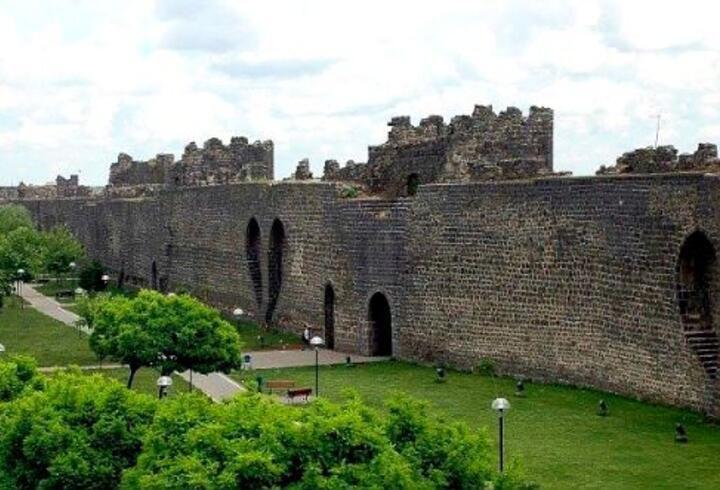Diyarbakır Gezilecek Yerler Listesi... Diyarbakır'da Görülmesi Gereken Yerler Ve Yapılacaklar Listesi