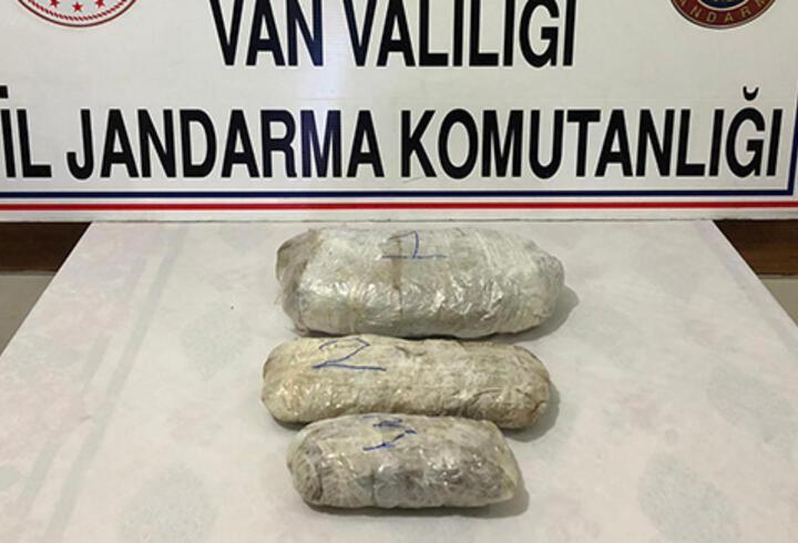 Van'da araziye terk edilmiş 5 kilo 195 gram esrar bulundu