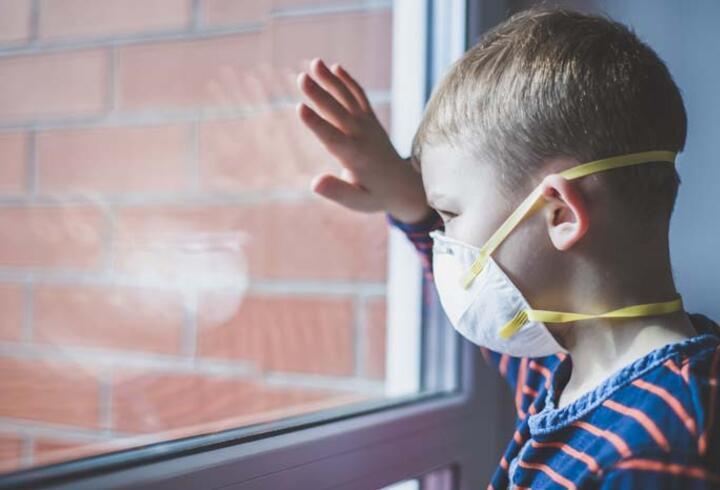 Kovid-19 çocuklarda göz sağlığını da etkiledi