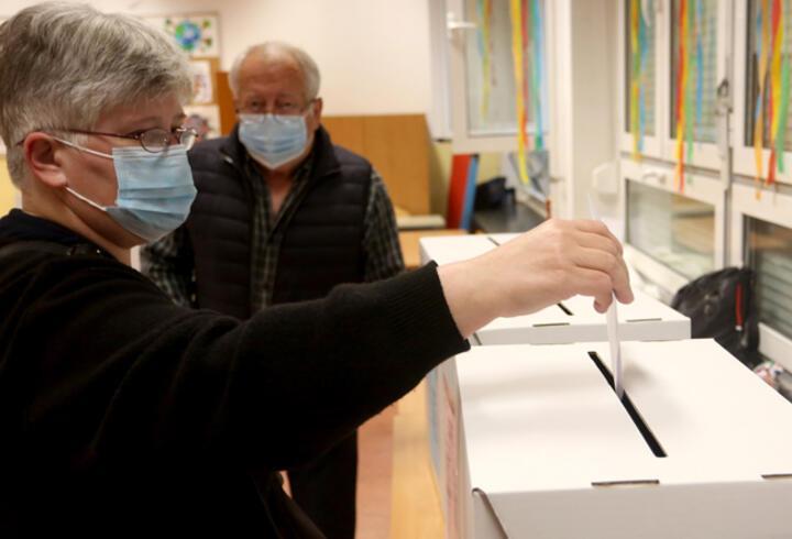 Hırvatistan'da halk yerel seçimler için sandık başında
