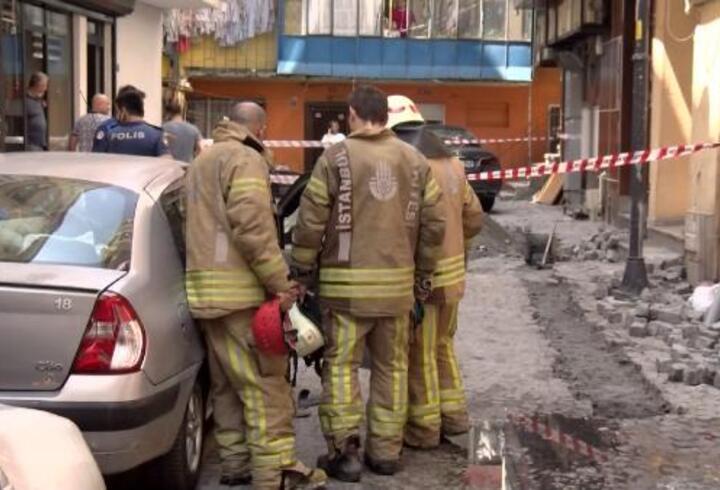 Kazı çalışması sırasında elektrik kabloları patladı: 1 yaralı