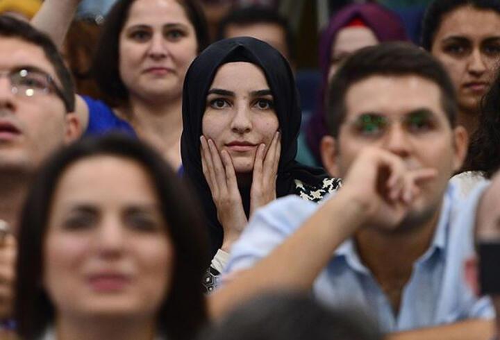 Cumhurbaşkanı Erdoğan müjdeyi verdi! 15 bin öğretmen ataması yapılacak