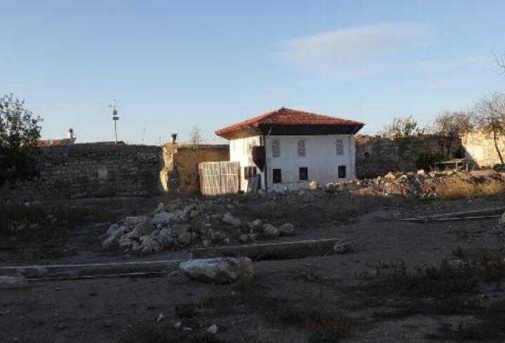 Tarihi Çorum Kalesi'nde yeni katmanlara ulaşıldı