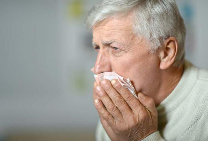 Yaşlılıkta akciğer hastalıkları riski neden artar?