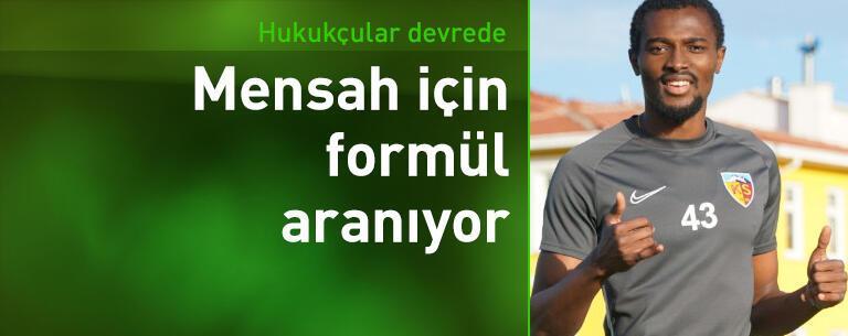 Galatasaray Mensah için formül arıyor