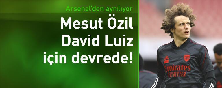 Mesut Özil, David Luiz için devrede!