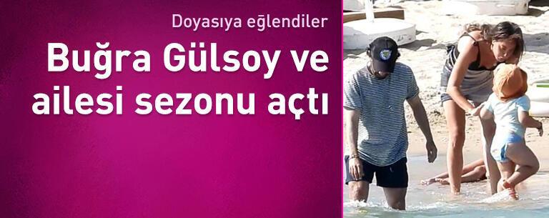 Buğra Gülsoy ailesiyle Çeşme'de tatilde