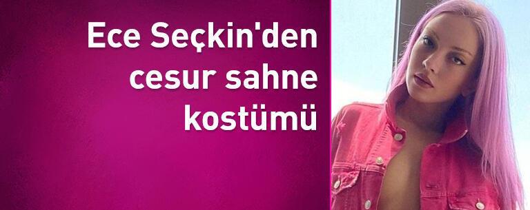 Ece Seçkin'den cesur sahne kostümü