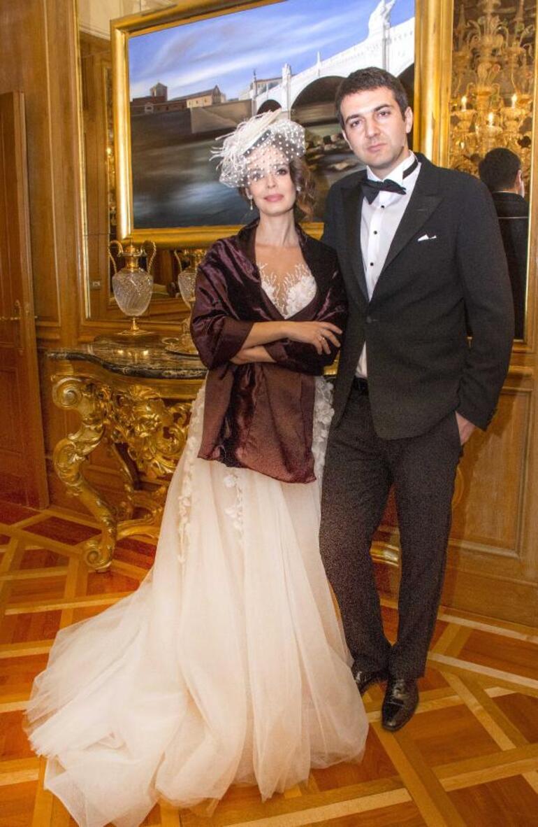 Pelin Batu evlendi