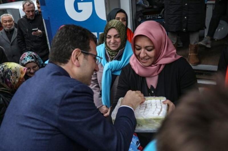 İmamoğlu seçim çalışmalarını Beykoz'da sürdürüyor
