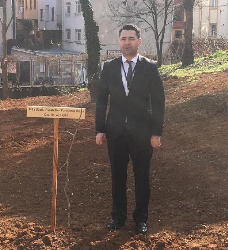 Amasya Üniversitesi öğretim üyesi Gök'e başarı belgesi